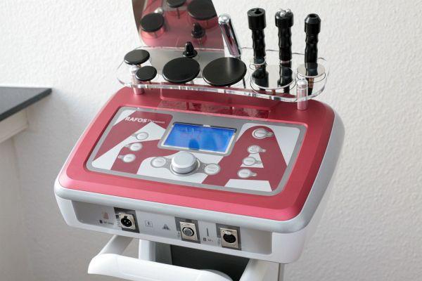 Radiofrequenz-Behandlung / Thermolipolyse